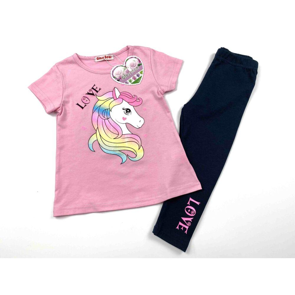 kislány két részes nyári szett, rózsaszín felső részén glitteres csillámpóni, a leggingen love felírat található.
