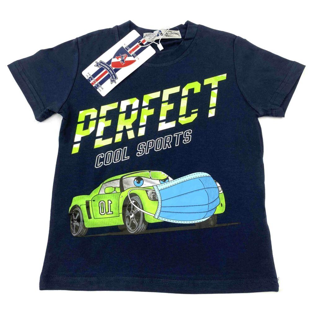 kisfiú rövid ujjú nyári sötétkék színű póló, autós filmnyomott mintával és felirattal