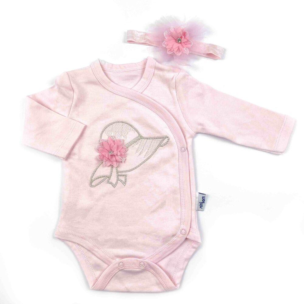 Kislány rózsaszín hosszú ujjú body hímzett kalap motívummal és tüllös fejpánttal