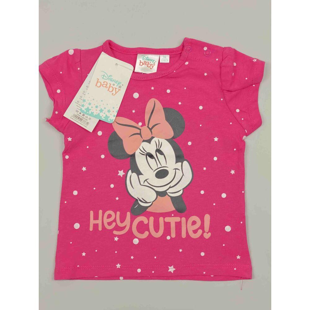 Kislány Disney rövid ujjú rózsaszín alapon Minnie filmnyomott motívummal és hey cutie! felirattal.