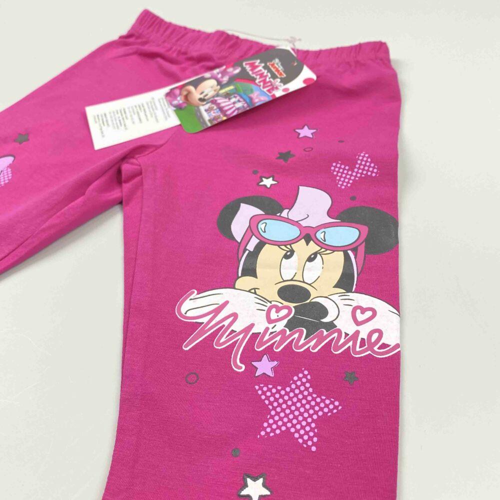 Disney magenta háromnegyedes pamut nyári legging, lábán Minnie filmnyomott minta közeli kép