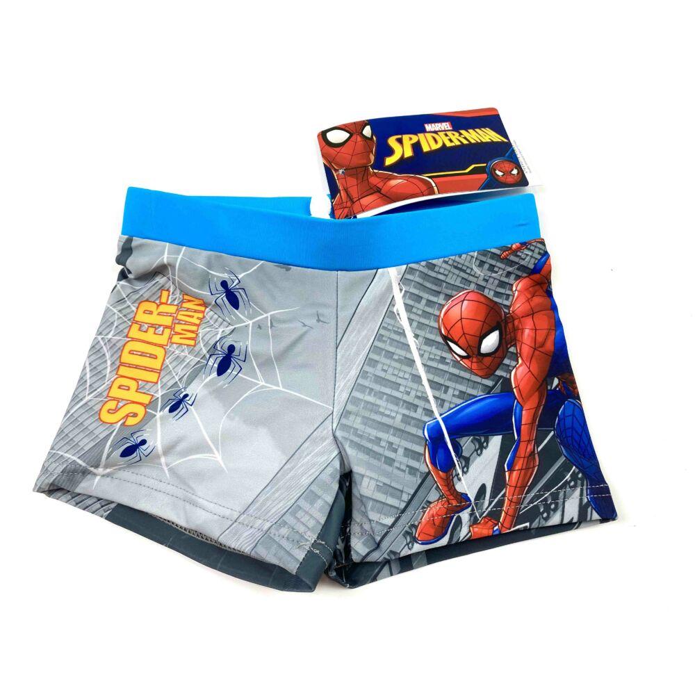 Marvel Pókember mintás kisfiú fürdőnadrág világoskék színben. Az úszónadrág dereka gumis, és belül aktív kötős.
