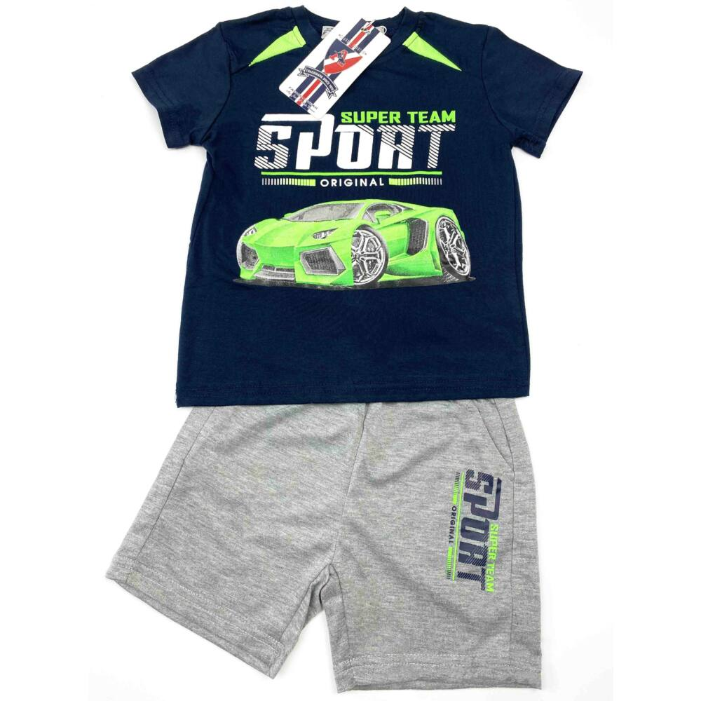 kisfiú két részes nyári szett, filmnyomott autós mintával, sötétkék színű, elején feliratos, nadrágja zsebes