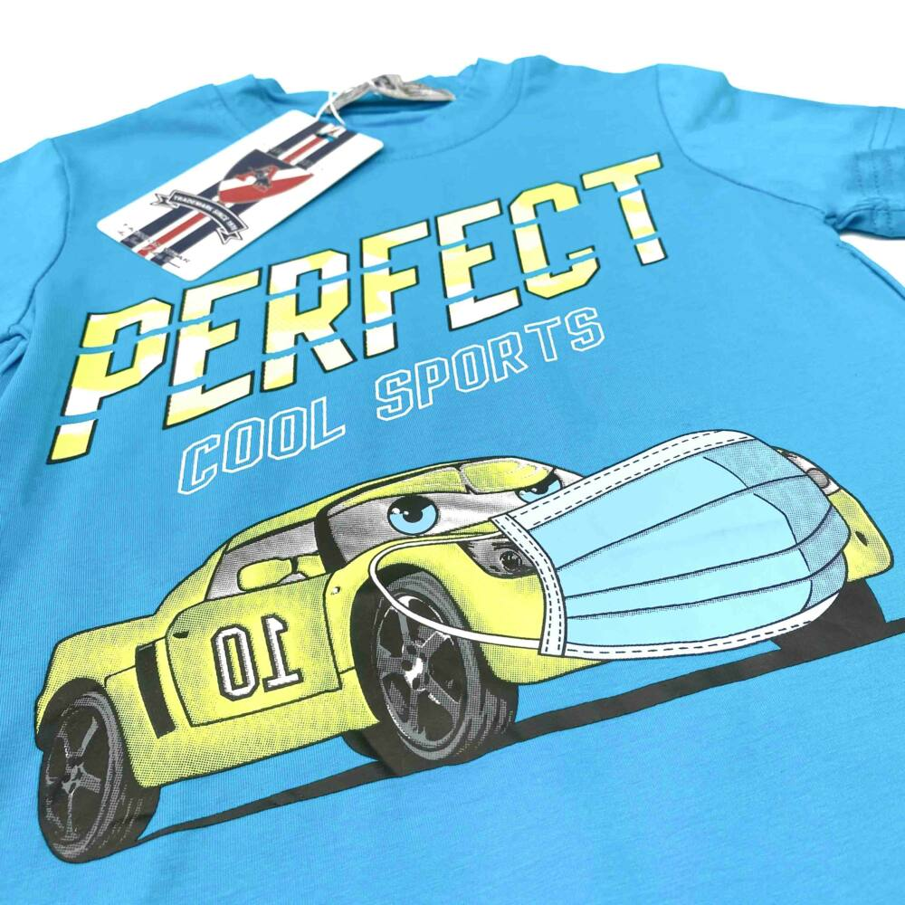 kisfiú rövid ujjú nyári kék színű póló, autós filmnyomott mintával, felirattal.